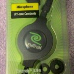 ReTrak Retractable Earbuds & In-Line Mic -Package